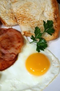 699089-great-breakfast-of-egg-bacon-and-toast
